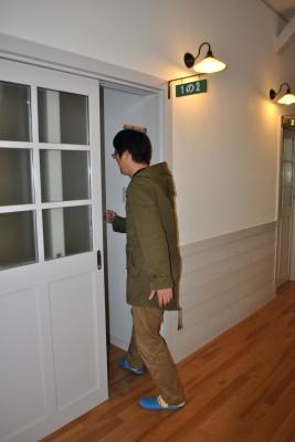 やまびこ荘の客室入口